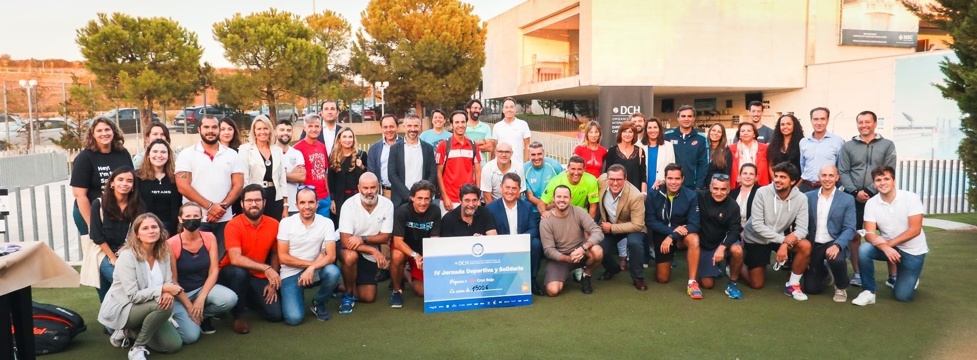 Foto familia Jornada Deportiva y Solidaria DCH
